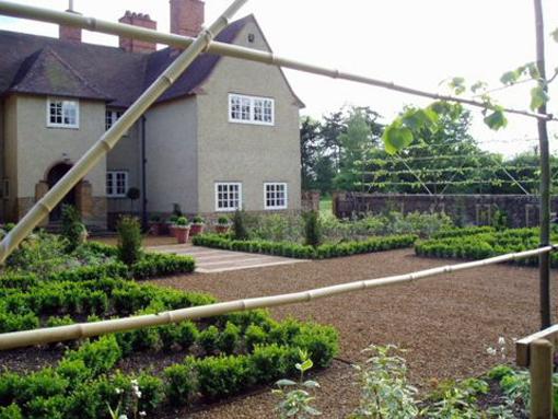 edwin lutyens and mark lutyens designed garden northamptonshire